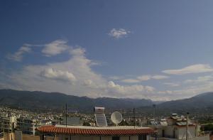 Панорама курорта Каламата в Греции в северо-восточном направлении