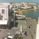 Набережная Миконоса в Греции