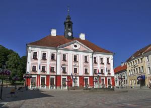 Городская Ратуша в Тарту в Эстонии