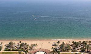 Пляж Аль Ака в эмирате Фуджайра из курортного отеля Le Meridien Al Aqah