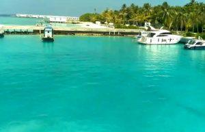 Порт на острове Амила на Мальдивах