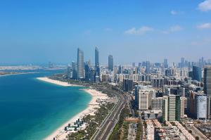 Набережная Корниш в Абу-Даби в ОАЭ