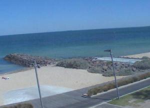 Пляж Элвуд-Бич в Мельбурне