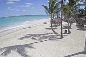 Пляж отеля TRS Turquesa в Пунта-Кана в Доминикане