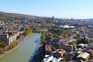 Панорама Тбилиси с отеля Radisson Blu