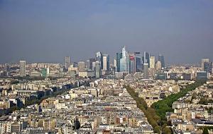 Квартал Ла-Дефанс в Париже