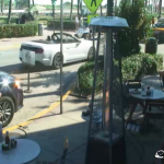 Кафе News Cafe на улице Оушен Драйв в Майами-Бич