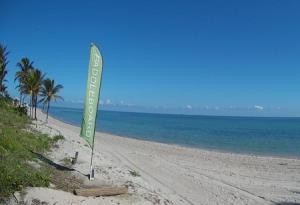 Пляж в парке Крандон в Майами