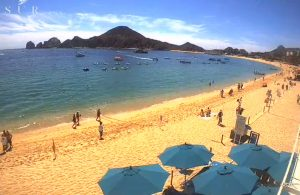 Пляж Медано на курорте Кабо-Сан-Лукас в Мексике