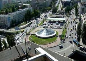 Севастопольская площадь в исторической местности Чоколовка в Киеве
