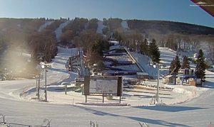Панорама горнолыжного курорта Кэмелбэк в Пенсильвании
