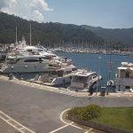 Яхт-порт в городе Мармарис в Турции