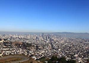 Сан-Франциско с холмов Твин Пикс