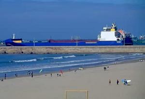 Пляж в Матозиньюш в Португалии