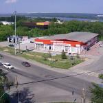 Перекресток улиц Советское шоссе и Часовая в Новосибирске