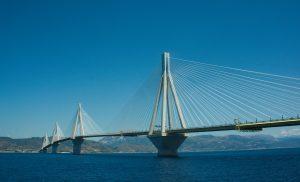 Мост Рио-Антирио через Коринфский залив в Греции