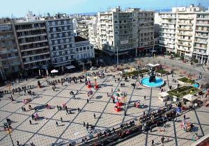 Площадь Георга I в городе Патры в Греции