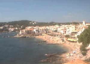 Пляж Канадель в Калейя де Палафружель в Каталонии