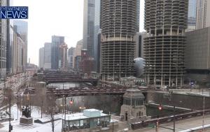 Набережная Chicago Riverwalk в Чикаго