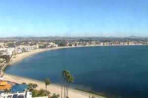 Залив Mission Bay в Сан-Диего из спа-отеля Catamaran
