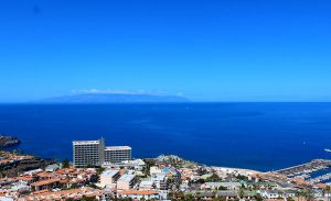 Панорама города Лос Гигантес на Тенерифе