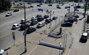 Перекресток проспектов Созидателей и Ульяновский в Ульяновске