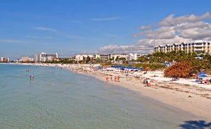 Пляж Кресент Бич в штате Флорида