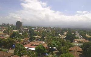 Гора Килиманджаро в Танзании из города Моши