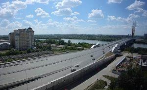 Метромост в городе Омске