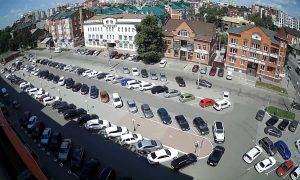 Парковка ТЦ Энтерра в Ульяновске