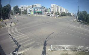 Перекресток проспекта Ленинского Комсомола и улицы Тюленева в Ульяновске